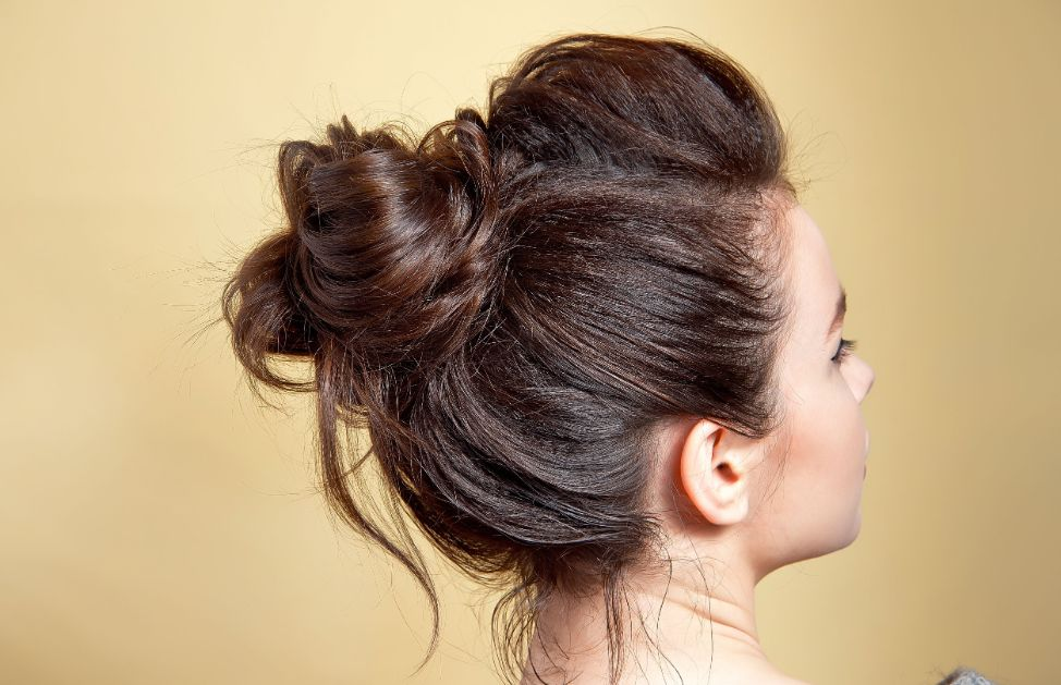 Chignon mon amour: 5 acconciature da copiare