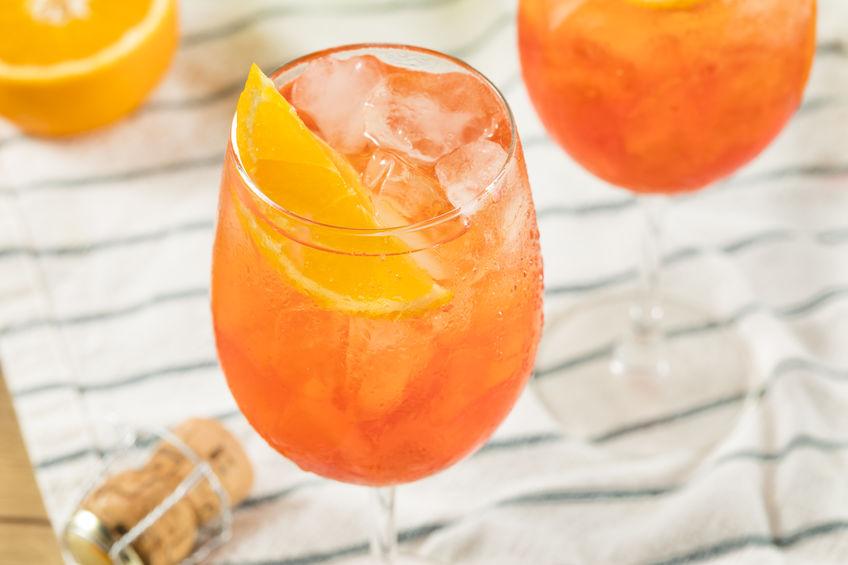 Ricetta Spritz A Casa.Come Fare Un Ottimo Spritz Cocktail Deabyday
